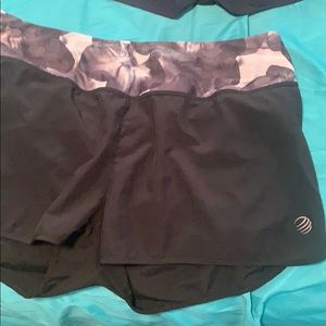Mpg shorts, black, small